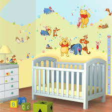 chambre bebe winnie l ourson enchanteur stickers chambre bébé fille pas cher et decoration