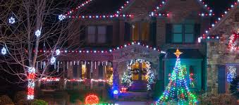 Outdoor Christmas Decorations Ideas On A Budget by Outdoor Christmas Lights Ideas For The Roof