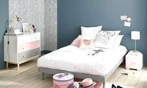 decoration peinture chambre idee peinture chambre adulte mansardee decoration pour 1