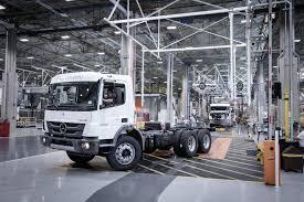 Industry 4.0: Daimler Trucks Revolutionises Truck Production In ...