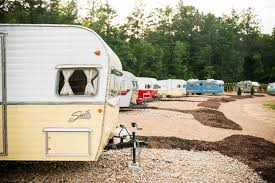 100 Restored Retro Campers For Sale 7 Best Vintage Camping Trailer And Airstream Resorts