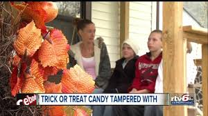 Poisoned Halloween Candy 2014 by Needle Found In Halloween Candy Mooresville Schools Says Youtube