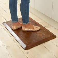 tapis pour la cuisine tapis anti fatigue pour cuisine à retour d énergie aménagement de