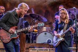 The Wheels Of Soul: Tedeschi Trucks Band, The Wood Brothers, Hot ...
