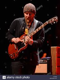 Derek Trucks Of Tedeschi Trucks Band Stock Photos & Derek Trucks Of ... The Derek Trucks Band Higher Ground Susan Tedeschi Band Fronted By Husbandwife Warren Haynes To Depart Allman Wikipedia At The White House Keeps A Real Clean Act Boston Herald Review Photos W Jerry Douglas 215 Boca Raton Florida 15th Jan 2017 And Road Grammys 128 Brad Medium Music Works Songlines 2006 Avaxhome Talks Shocking Dark Situation Following Butch