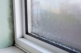 warum die fenster morgens nass sind wenn es draußen kalt
