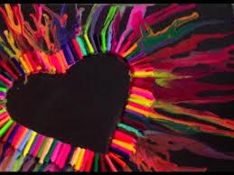 DIY Melted Crayon Heart Art Theeasydiy ArtForTheNonArtist