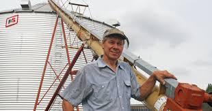 Swans Pumpkin Farm Milwaukee by Farmers Face Challenges As Fall Harvest Begins