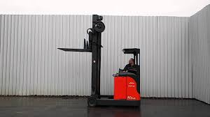 LINDE R20 03 KOOI FORKS USED FORKLIFT REACH TRUCK - YouTube Forklift Gabelstapler Linde H35t H35 T H 35t 393 2006 For Sale Used Diesel Forklift Linde H70d02 E1x353n00291 Fuchiyama Coltd Reach Forklift Trucks Reset Productivity Benchmarks Maintenance Repair From Material Handling H20 Exterior And Interior In 3d Youtube Hire Series 394 H40h50 Engine Forklift Spare Parts Catalog R16 Reach Electric Truck H50 D Amazing Rc Model At Work Scale 116 Electric Truck E20 E35 R Fork Lift Truck 2014 Parts Manual