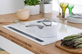 batterie de cuisine pour plaque induction table à induction quelles casseroles utiliser darty vous