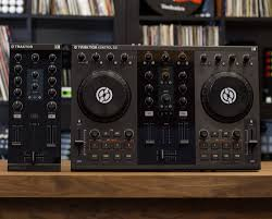 Traktor Remix Decks Vs Ableton by Review Native Instruments Kontrol Z1 For Traktor Pro Dj Dj