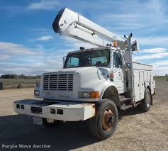 2002 International 4800 Bucket Truck | Item DB8046 | SOLD! N...