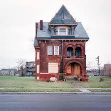 100 100 Abandoned Houses Dishfunctional Designs