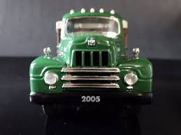 First Gear 1957 International Harvester Grain Truck - 19-3409 ... 1947 Intertional Harvester Pickup Kens Toy Shelf 1110 Tractor Cstruction Plant Wiki Fandom S Series Wikipedia Scout Ii The Crittden Automotive Library 1961 Truck Model Sales Brochure Birds On A String Pedal Car 66 800 Sportop Trucks Hobbydb Women In Pick Ups By Phscollectcarworld Blog Post So You Want To Buy An Old I Know Do Talk Box 4200 Vt365 129 Miles An Old 1950s Era Model 180 Narr Flickr
