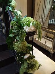 how to decorate a staircase for a wedding with fresh flowers with