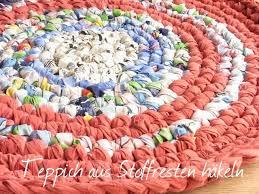 tutorial teppich häkeln aus stoffresten