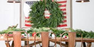 32 Holly Jolly Christmas Table Decorations