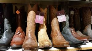 Mall Of America - So Much More Than Just A Mall – Fangirl Quest Wolverine Boot Barn Womens Boots Western Edge Ltd Millers Surplus Shopping In Phoenix Malls Outlet Stores Facebook Guys Can Help You Get Handsome Kfrog 951 Fm And Motorcycle Laredo Cowboy More Find This Festivalready Outfit Our Stores Like Las Anderson Bean Mens Pfi Ctown Premium Cowgirl