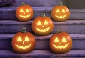 Easy Shark Pumpkin Carving by Halloween Super Simple