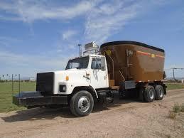 100 Feed Truck International 2674 Farmer John Company