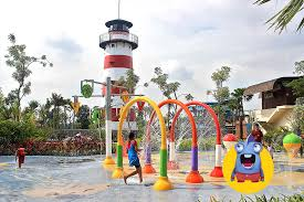 Jogja Bay Berdiri Di Desa Maguwoharjo Tepatnya Sebelah Utara Stadion Depok Lahannya Memiliki Luas Sekitar 77 Hektar Dengan Area Segitu