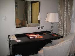 hotel room desk picture of ras al khaimah resort spa
