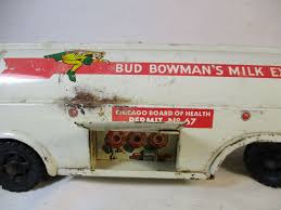 1955 Vintage Marx Toys Bud Bowmans Milk Express Chicago Illinois ... 1950 Photo Of Truck Carrying Milk Containers On Ebay Ewillys Just A Car Guy Salute The Day Vintage Fullystored 1965 Tonka Diecast Monster Vintage Site Bread Ice Cream Delivery 52 Chevy Van Alinum Body 94l 785w Home Delivery Fresh Whole Milk In Glass Containers Antique In Parade Editorial Image Apple Cream Divco Wishful Thking Gallery Popular By Richardphotos Poser Transportation Vector Modern Flat Design Illustration On Dairy Old Stock Royalty Free 2719659