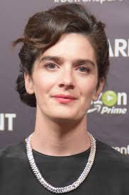 Gaby Hoffmann - Wikipedia Watch Jimmy Barnes Cover Acdc In Arias Tribute To Malcolm Young Do Or Die Youtube Im With The Band Working Class Man By Readingscomau George Australian Music Pioneer Easybeats Dead At The Warehouse Sound Presents Live In Nz Australians Mourn Loss Of Acdcs Music Crows Garage Page 3 Brett Home Facebook All Dudes