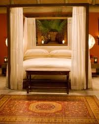 I Love Canopy Beds Have A Net That Hung By The Four Poster Bedroom4