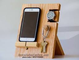 Wooden Phone Stand Holder For IPhones And Phones Watches Keys