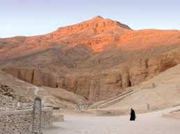 100 In The Valley Of The Kings Of The Wikipedia