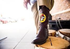 Buc Ees Bathrooms by How Two Texans Made Buc Ee U0027s Convenience Stores A Phenomenon