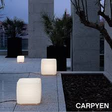 Zigzag Outdoor Floor Lamp Carpyen