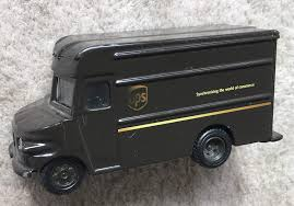 100 Ups Truck Toy UPS Delivery Die Cast 155 Scale