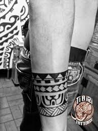 Polynesian Armband Tattoos