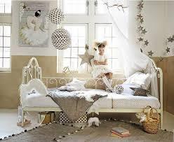 chambre enfant maison du monde chambre de fille osez le doré chambre le