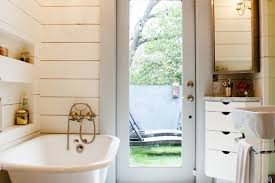 Chandelier Over Bathtub Code by Fancy Bath Lighting Inspiration And Tips For Hanging A Chandelier
