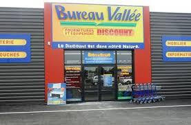 la franchise bureau vallée ouvre un magasin à taden dinan côtes d