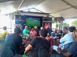 join the happy hour at the deck on fountain view in houston tx 77057