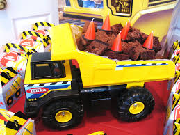 Dump Truck Cake | Construction Party Cakes & Cupcakes | Janet | Flickr Mud Trifle And A Dump Truck Birthday Cake Design Parenting Diy Awesome Party Ideas Pinterest Truck Train Cookies Firetruck Dump Kids Cassie Craves Dirt In Cstruction With Free Printable Shirt Black Personalized Stay At Homeista Invitations Dolanpedia The Mamminas A Garbage Ideal For Anthonys Our Cone Zone