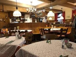 weinstube kachelofen stuttgart rathaus restaurant