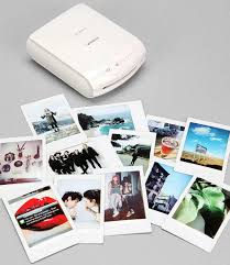 Shake it like a Polaroid with the Fujifilm INSTAX Instant