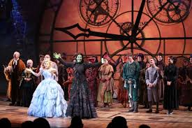 photo coverage wicked s 10th anniversary cast curtain call