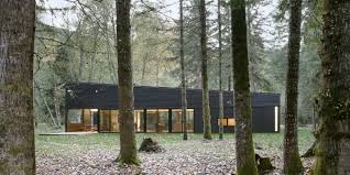100 Modern Homes With Courtyards 11 MustSee Houses In The Woods Beautiful Forest Houses