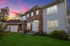 100 Paper Mill House 48 Lane Bedford Bedford MLS 201811981 599900