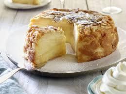 dessert avec creme fouettee gâteau invisible aux pommes et crème fouettée recettes femme