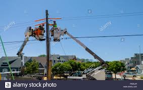 Sayreville NJ - June 15, 2018: Workers Repair Telecommunication ... Used Bucket Truck For Sale 92 Gmc Topkick With 55 Boom Dual Fort Drum The Mountaineer Online Bucket Truck Service T Evans Electric Ltd River Point Station Ford F450 Xl Short Cab Serviceutility Repair Refurbish Body Youtube You May Already Be In Vlation Of Oshas New Service Crane Caravan Cadian Trucks Headed South To Help Victims Boom Automotive Buying Superior Aerial And Equipment Substation