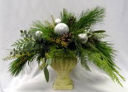 Pine Cone Christmas Tree Centerpiece by Christmas Table Arrangements Winnipegflowers Com
