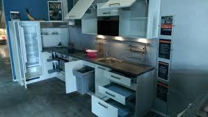 aviva cuisine recrutement nos magasins de cuisine à toulouse colomiers réseau cuisinistes aviva