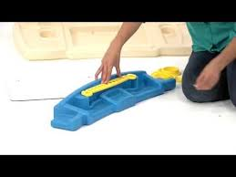 Step2 Deluxe Art Desk by Step2 Deluxe Art Master Assembly Youtube